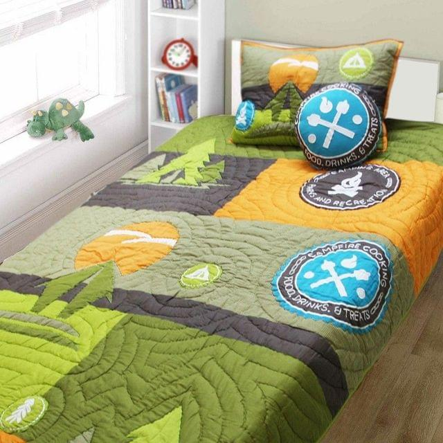 A Little Fable - The Camping Quilt