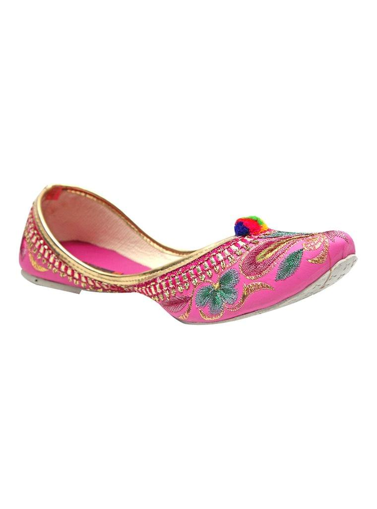 Port Pink Embroidered Women's Punjabi Jutti