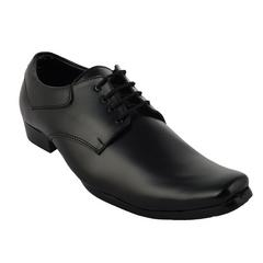 BrandTrendz Black Formal Shoes