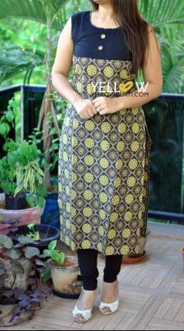 Cotton Printed Kurti with plain black yoke
