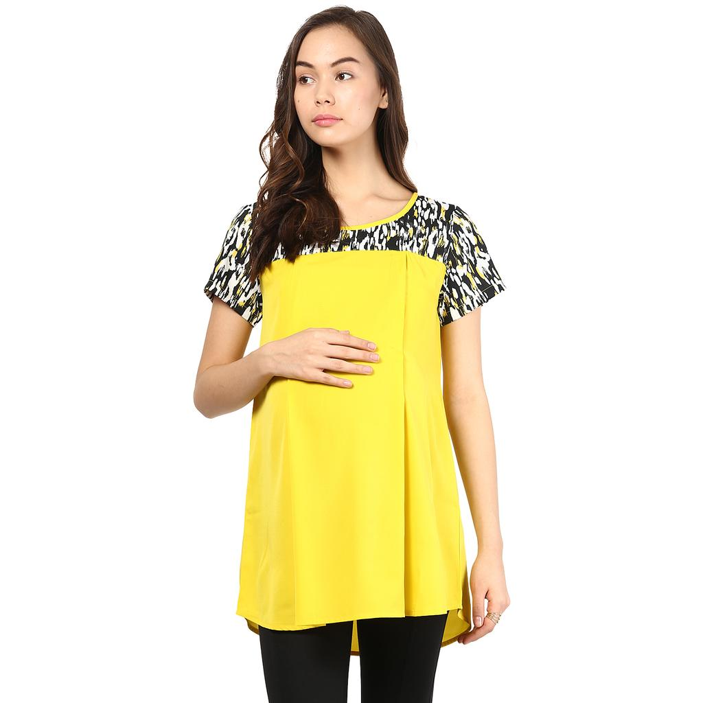 Mine4nine Women's Yellow and Black printed shoulder top