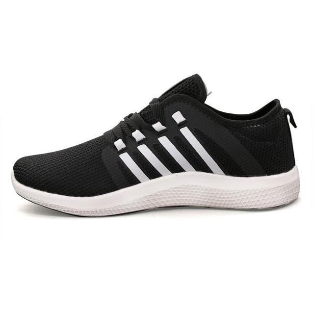 92662-FREE 4.0  RUNNING SHOES