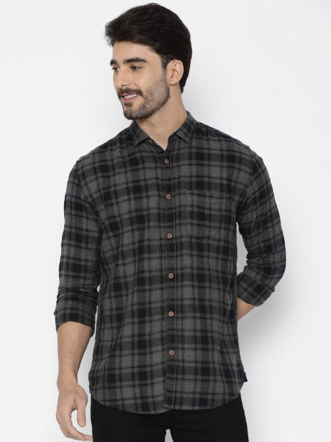 Men Charcoal & Black Slim Fit Checked Casual Shirt