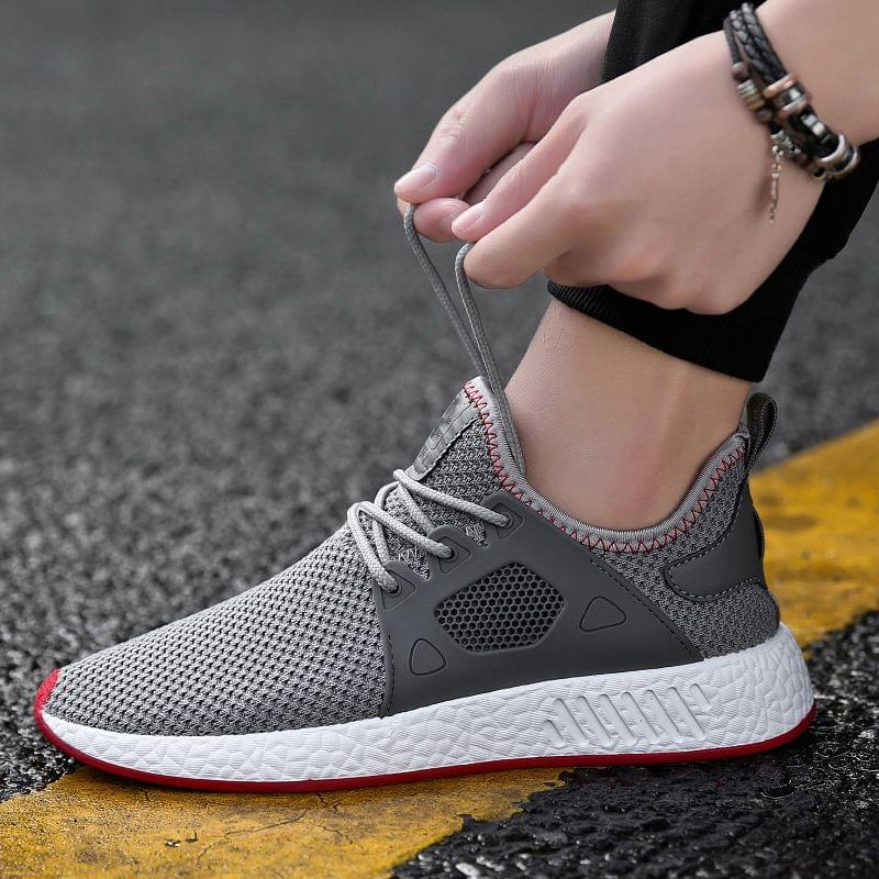 New Branded Athletic Lightweight Breathable Grey Color Sports Shoes for Men