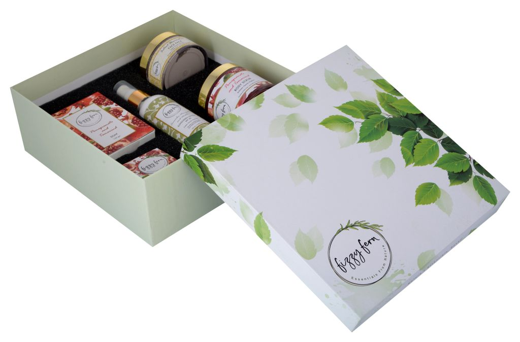 Fruity Rejuvenation Gift Box: Pomegranate Collection with Sunscreen and Face Pack (Combo of 5)