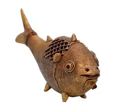 Purpledip Dhokra Art Fish Metal Statue With Feng Shui Vastu Significance (10701)
