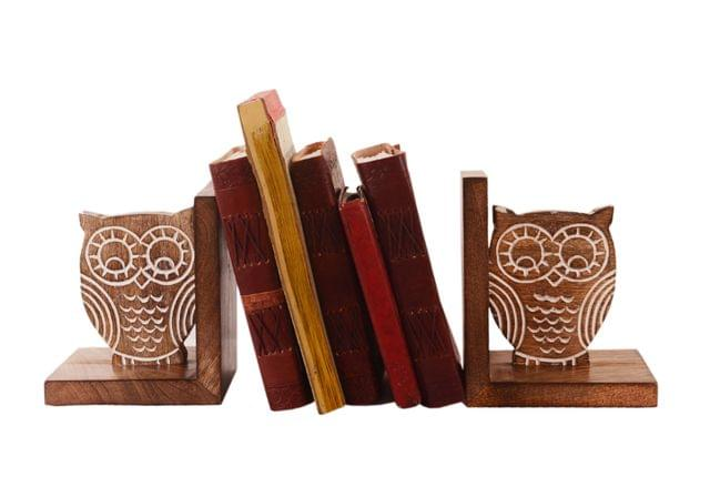 Purpledip Wooden Bookends Stand Holder Bookshelf Organizer 'Wisdom Of The Jungle': Unique Decor Gift For Book Lovers (11067)