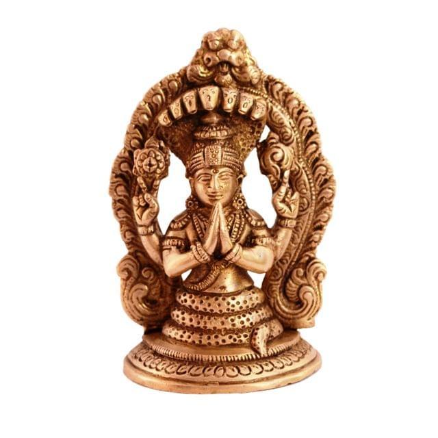 Purpledip Rare Collection God of Yoga Maharishi Patanajli Brass Statue for Home Decor, Home Temple, Unique Indian Gift 11083