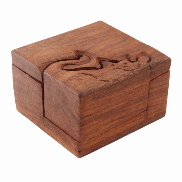 Purpledip Wooden Puzzle Box 'Cutie Cat': Handmade Mystery Keepsake Magic Game Gift (11234)