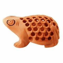 Purpledip Wooden Frog With Beautiful Fine Carving; Miniature Idol Gift Vaastu Feng Shui Good Luck Charm (11255)