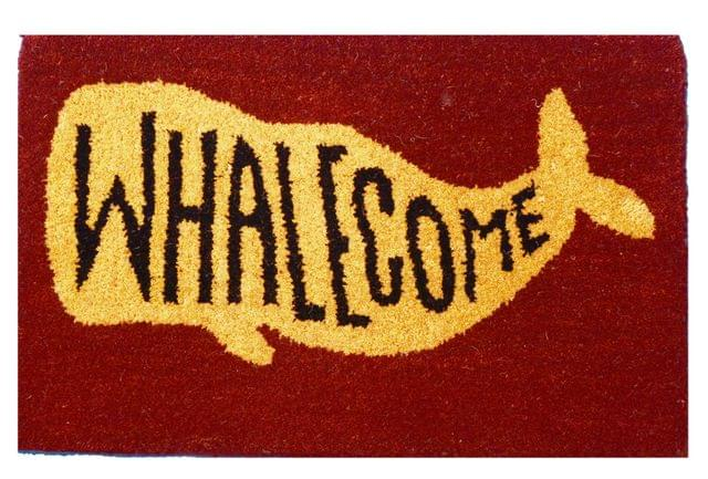 Purpledip Handwoven Doormat 'Whalecome': Thick, Soft, Non-skid Floor Carpet Rug (11309b)