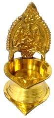 Purpledip Brass Kamakshi Vilakku: Ashta-Lakshmi Oil Lamp Diya (11830)�