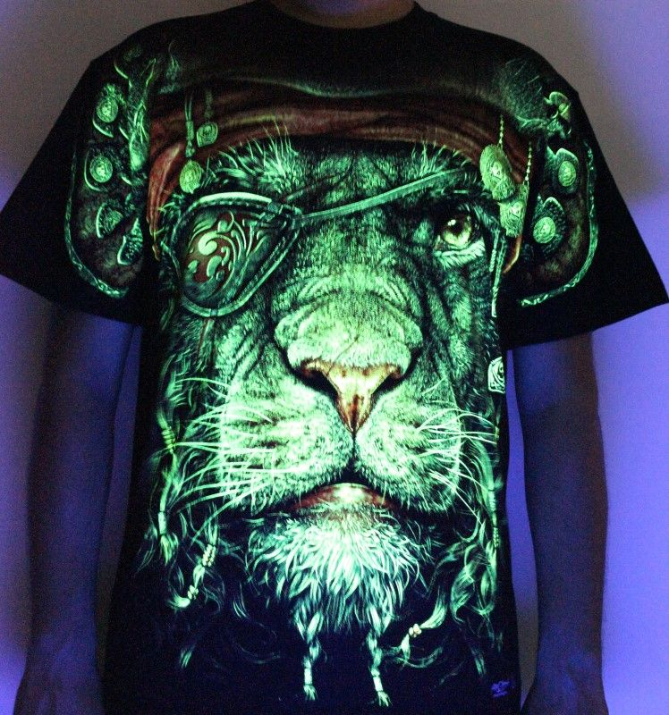 King Of Pirate - Glow in the Dark Radium Neon UV High definition 3D Club Biker Tshirt Buy Online in India