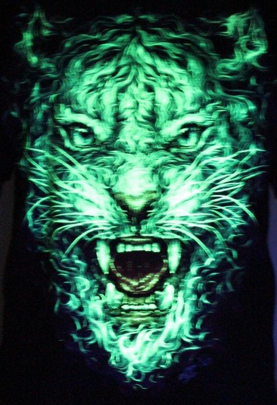 Smoke Furious Angry Tiger - Animal  Glow in the Dark Radium Neon UV High definition 3D Club Tshirt