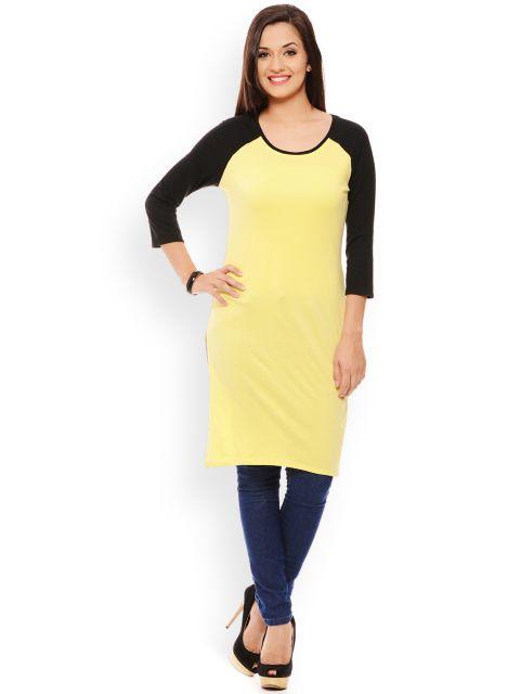 PATOLA Yellow Solid Cotton 3/4 Sleeve Regular Fit Round Neck Kurti