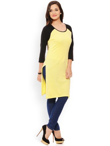 PATOLA Yellow Solid Cotton 3/4 Sleeve Regular Fit Round Neck Kurti