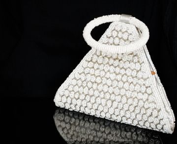White Triangular Bead Clutch Bag