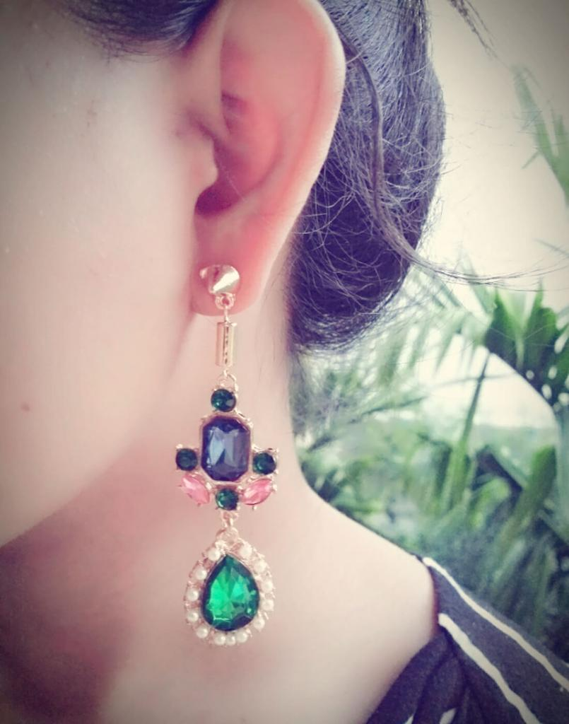 Stone & Resin Alloy Danglers-Multicolored