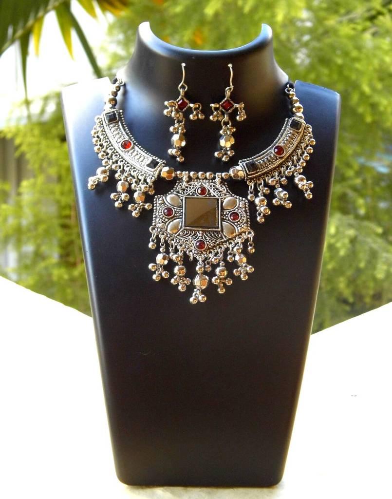 Oxidized Metal Hansuli Jewellery Set- Mirror Pendant 3