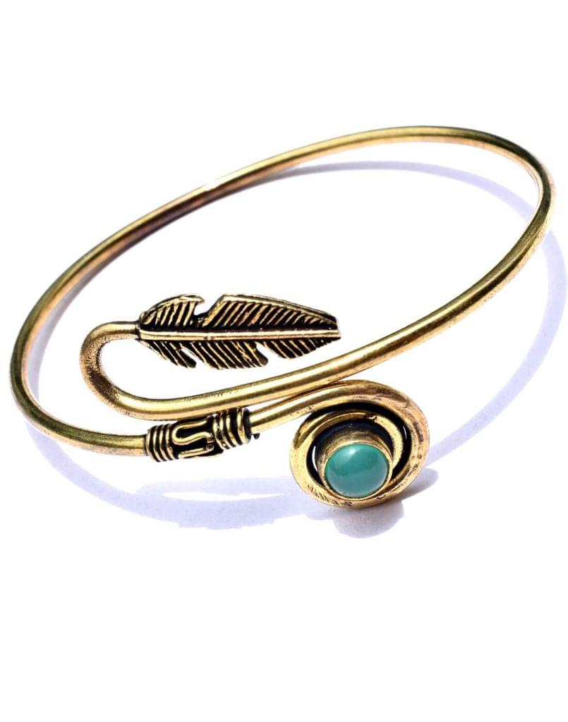 Brass Bangle with Stone&Leaf Pattern- Green Stone