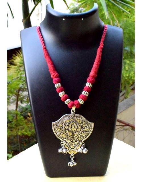 Threaded German Silver Necklace&Pendant- Maroon 1