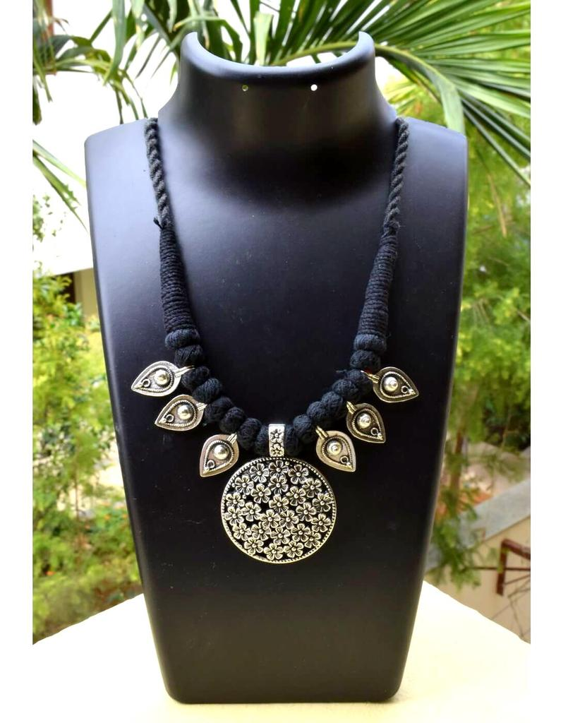 Threaded German Silver Necklace&Pendant- Black