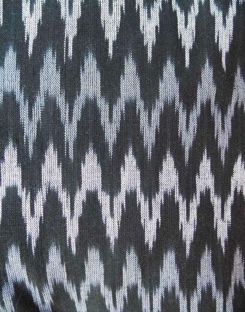 Ikat Cotton Running Material- Black&Grey (1 mtr/2.5 mtr)