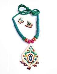 Threaded Meenkari Necklace Set- Pattern1