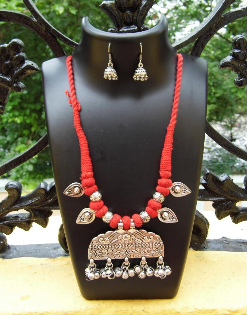 Threaded German Silver Necklace Set -Red 2