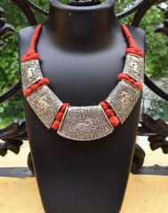 Threaded German Silver Hansuli Necklace/Pandent- Animal Pattern Red