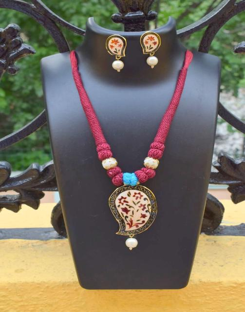 Threaded Meenakari Necklace Set- Pattern 18