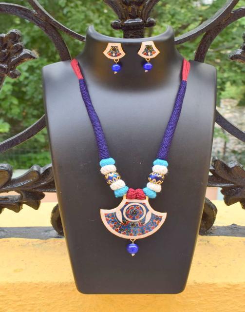 Threaded Meenakari Necklace Set- Pattern 22