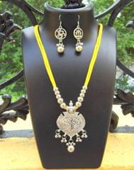 Oxidized Metal Threaded Necklace Set - Yellow