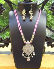 Oxidized Metal Threaded Necklace Set -Light Pink