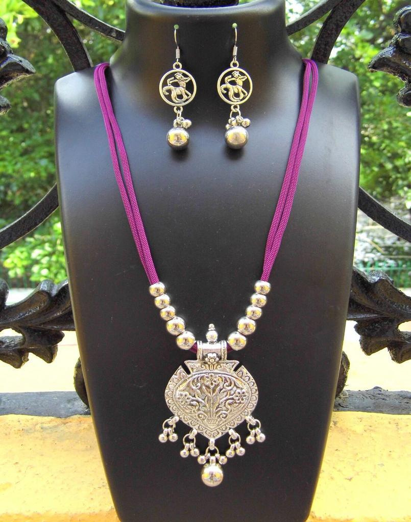Oxidized Metal Threaded Necklace Set -Purple