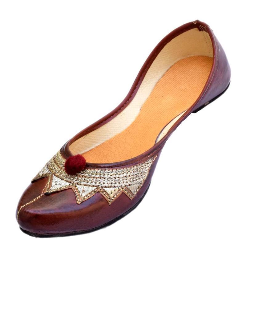 Leather Rajasthani Juttis/Mojris for Women- Pattern 2