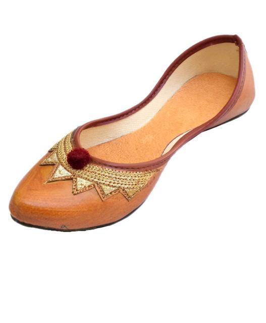Leather Rajasthani Juttis/Mojris for Women- Pattern 3