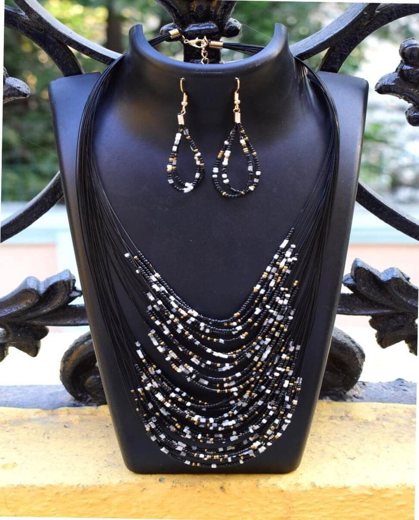 Multilayered Black Bead Set