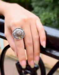 Finger Ring in Oxidized Metal- Round Motif 1