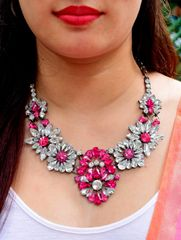Pink&White Rhinestone Necklace