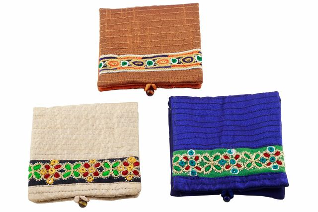 Embroidered Handcrafted Credit Card Holder-VIVEKA