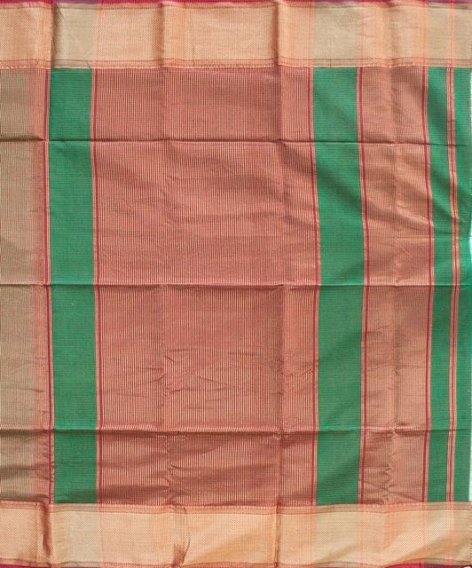 Maheshwari Handwoven Cotton-Silk Saree: Tissue Silk Zari Border