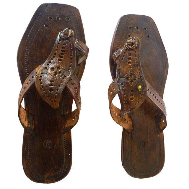 Women chocolate brown sandal-Amba Pan