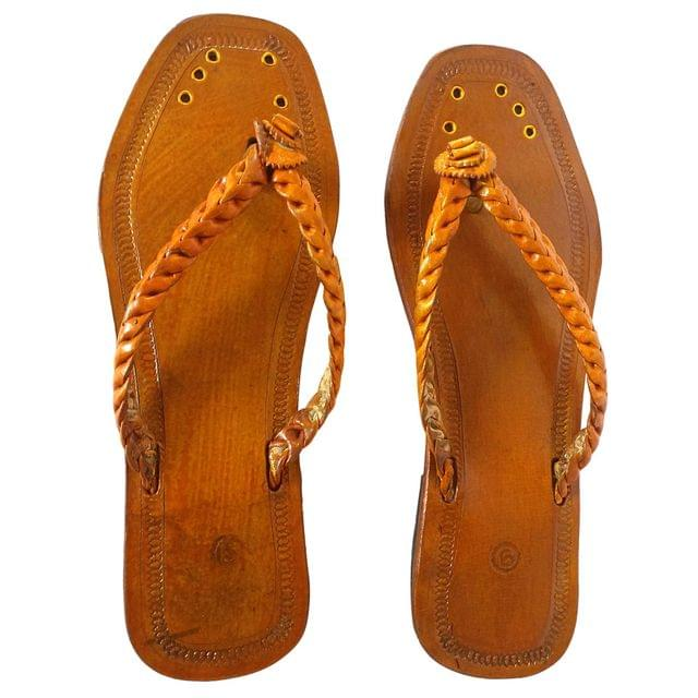 Women brown sandal-Veni Sleeper Patta