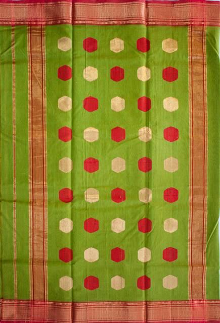 Maheshwari Handwoven Cotton-Silk Butta Saree-Green