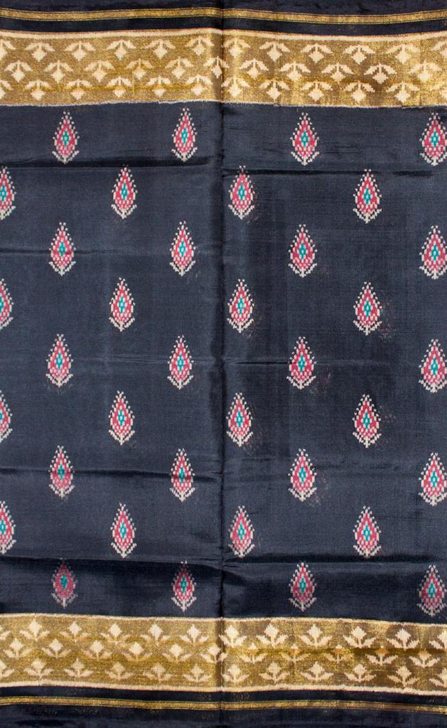 Single Ikat Patola Saree Handwoven-Pure Silk-Black
