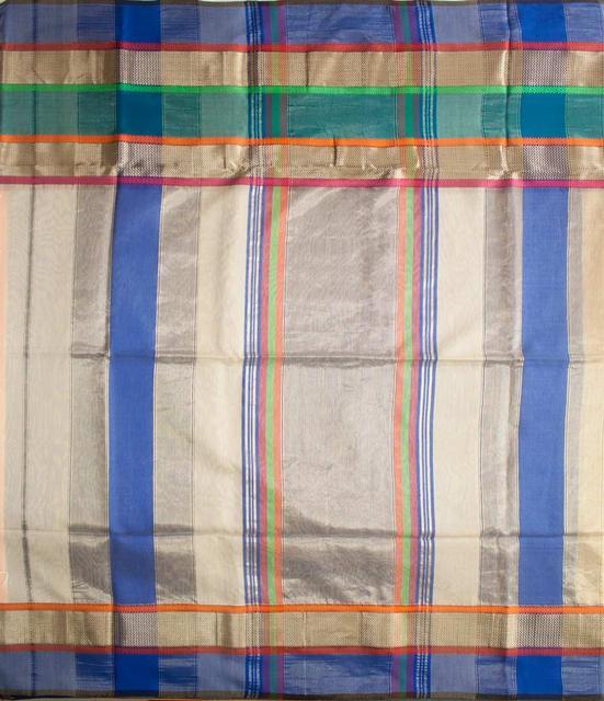 Maheshwari Handwoven Cotton-Silk Saree: Triple Border