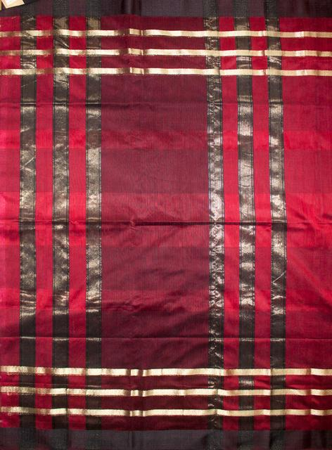 Maheshwari Handwoven Cotton-Silk Saree:Maroon and Black