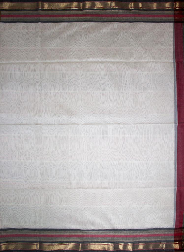 Maheshwari Handwoven Cotton-Silk Saree: Zari V Border Saree