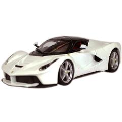 Burago LA Ferrari, White, 1:24 Scale, Die Cast Metal, Collectable Model